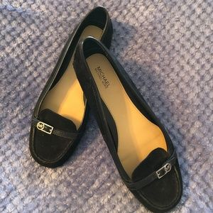 Michael Kors Black Loafers Size 8 EUC